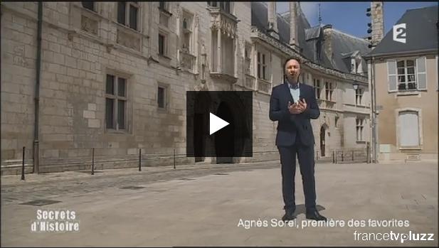 Stéphane Bern au Palais Jacques Coeur