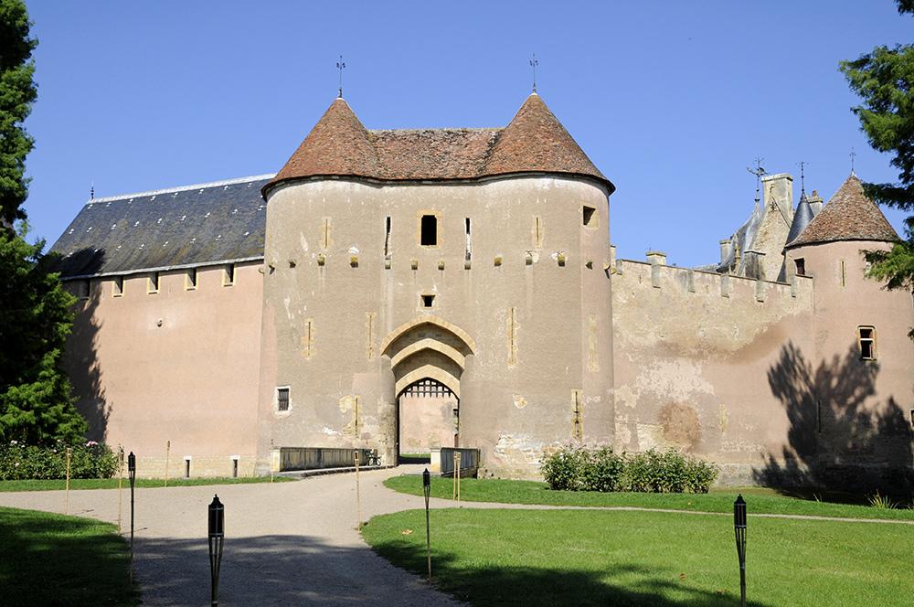 Chateau ainay le vieil
