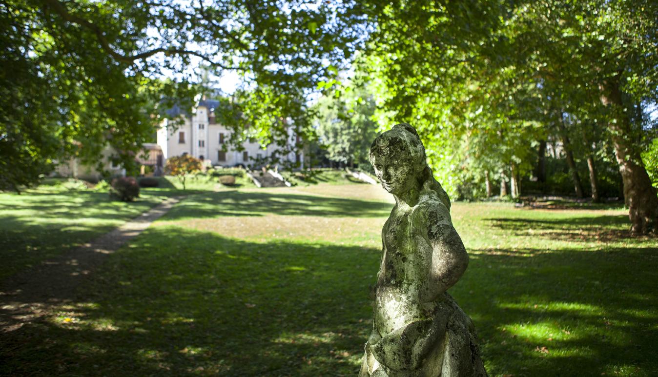 Parc de Lesseps au printemps