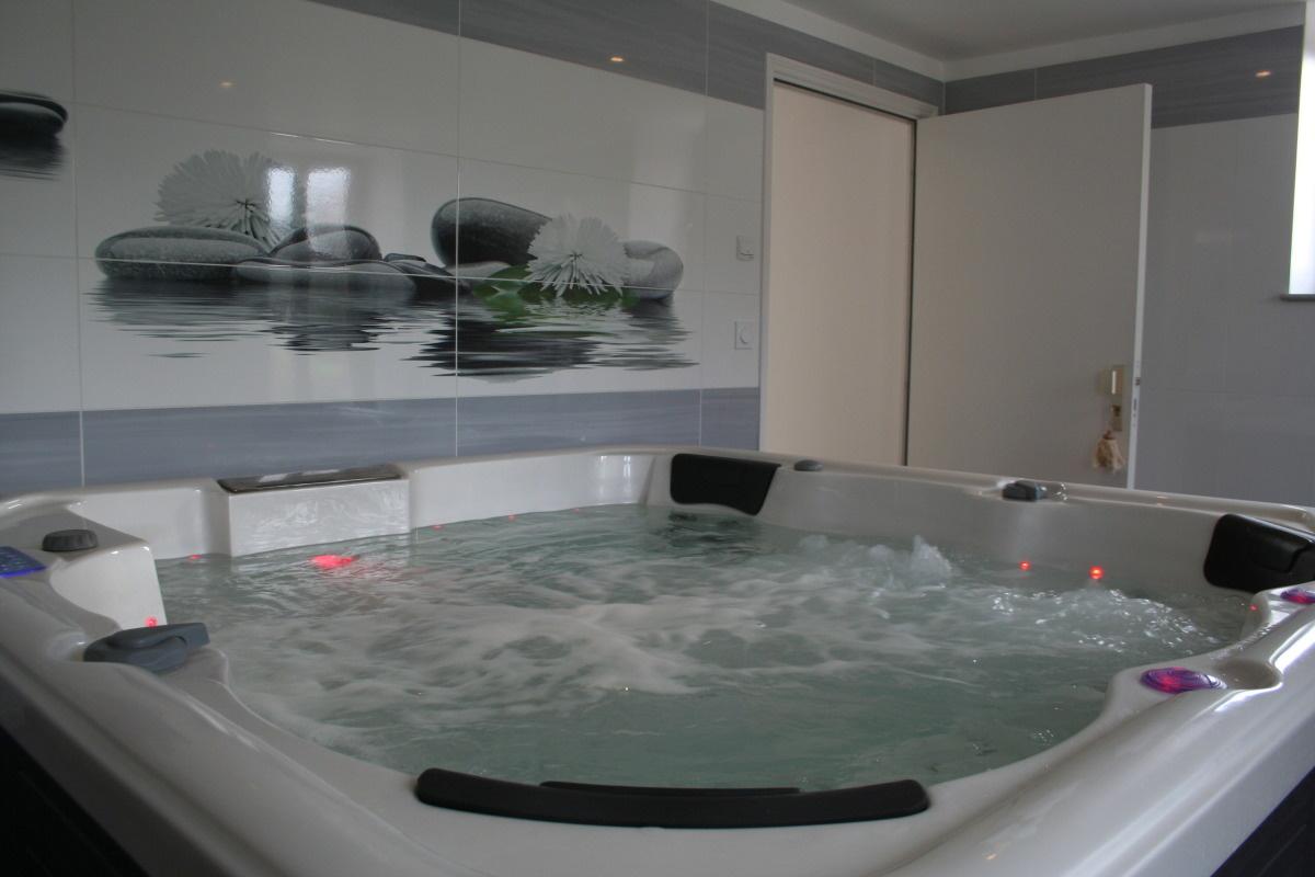 Chambres d'hôte La Fontaine du Tonneau, jacuzzi spa
