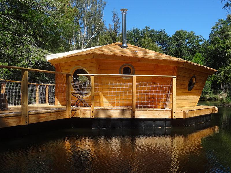 Maison flottante en Berry