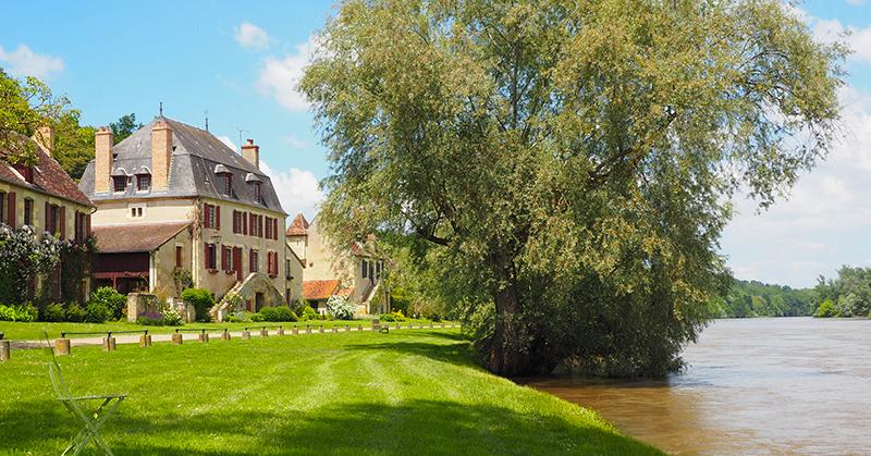 Apremont-sur-Allier sur la Loire à Vélo ©Ad2T - E. Luciani