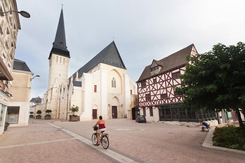 Issoudun - © Hellio et Van Ingen