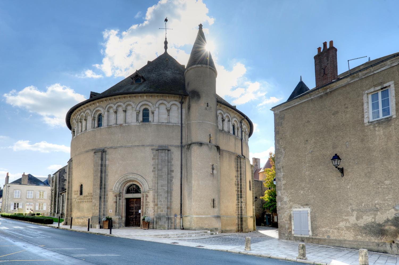 La basilique de Neuvy-saint-Sépulchre - © L. Muller / Photoclub Belle-Isle