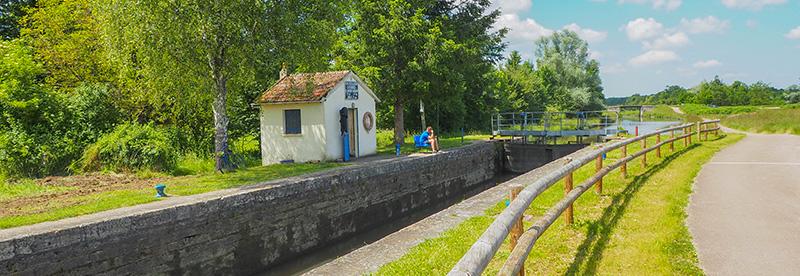 Écluse sur la Loire à Vélo ©Ad2T - V. Laebens