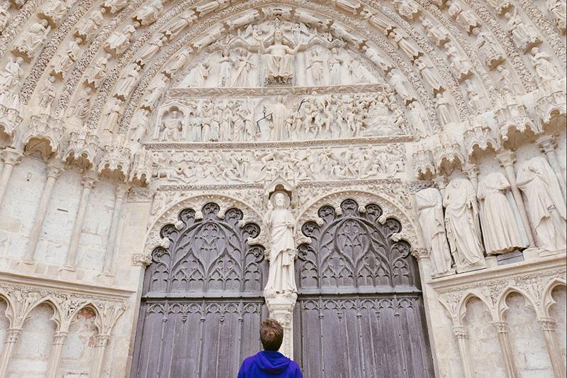 Portail de la cathédrale de Bourges ©Juliette Becquart