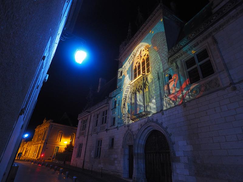 Nuits lumières de Bourges // Palais Jacques Coeur ©Ad2T - V. Laebens