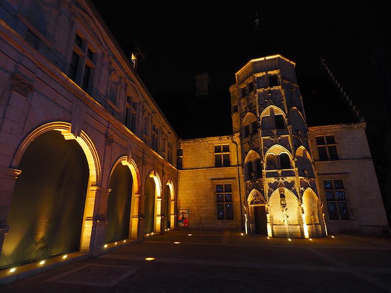 Nuits lumières de Bourges // Musées Estève ©Ad2T - V. Laebens