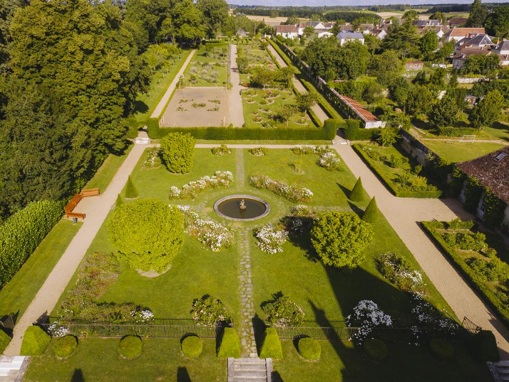 Jardins du château d'Azay-le-Ferron - © Gillard et Vincent