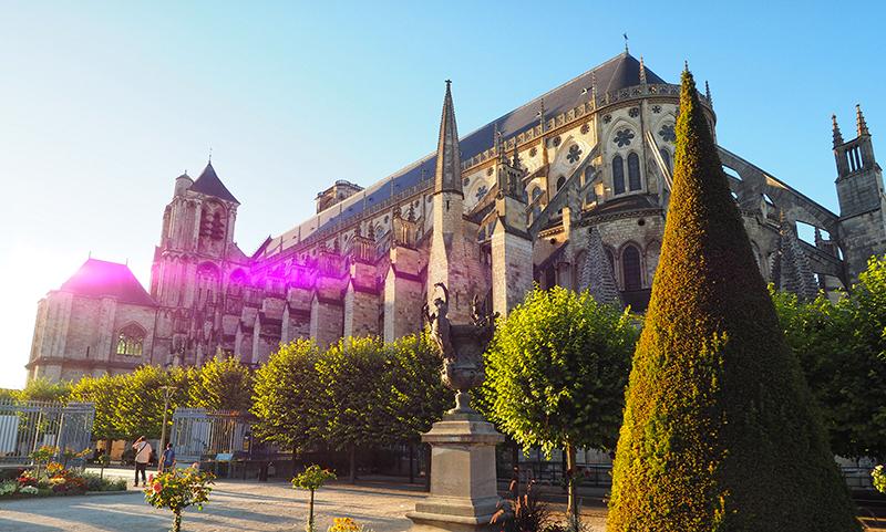 Incontournable Cathédrale de Bourges ©Ad2T - V. Laebens