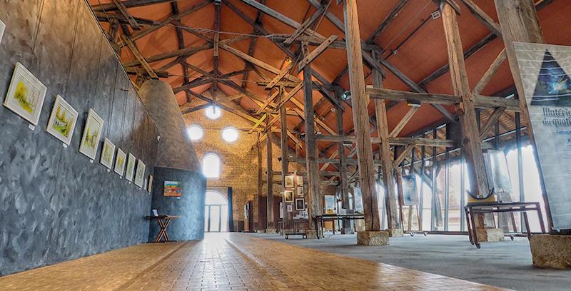 Halle de Grossouvre ©Ad2T - V. Laebens