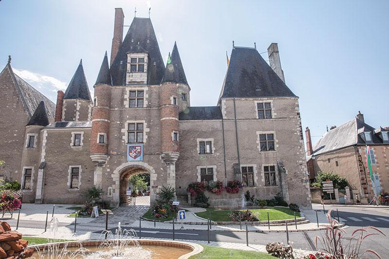 aubigny-sur-nere chateau des stuarts a.gressin
