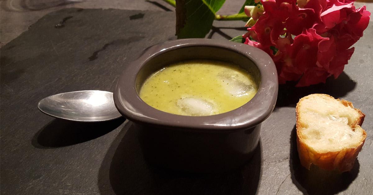 soupe froide de courgettes au fromage valen ay berry province. Black Bedroom Furniture Sets. Home Design Ideas