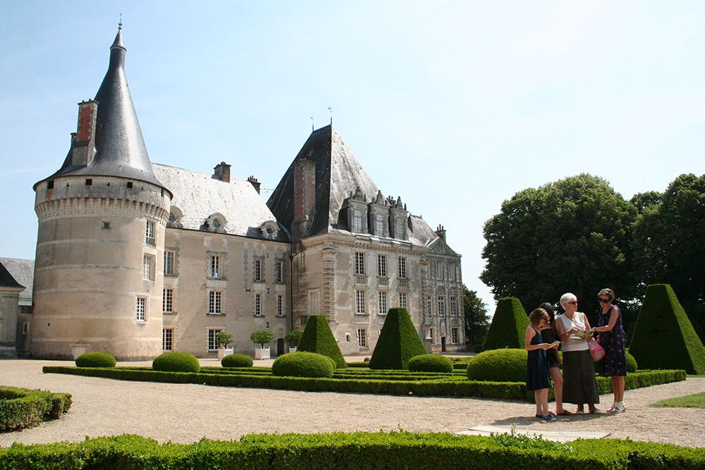 Château d'Azay-le-Ferron © adti