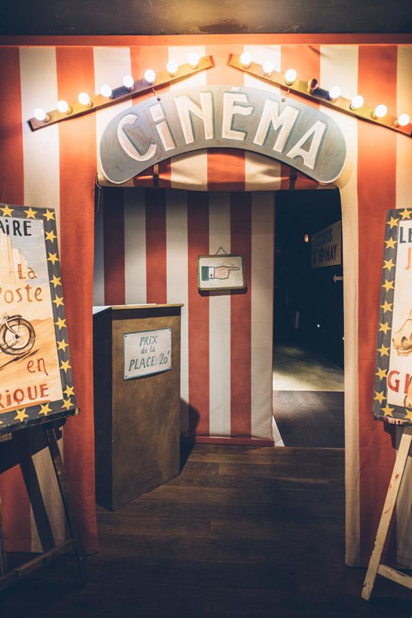 Entrée du cinéma dynamique - © Besjobers / Max Coquard