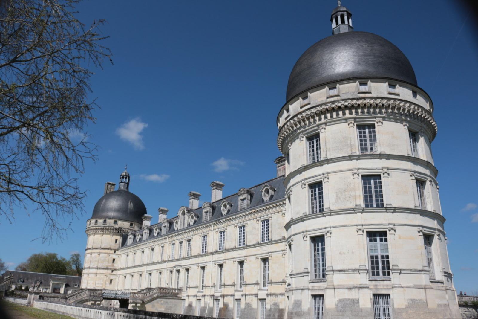 façade_château_valencay_berryprovince©ADTI