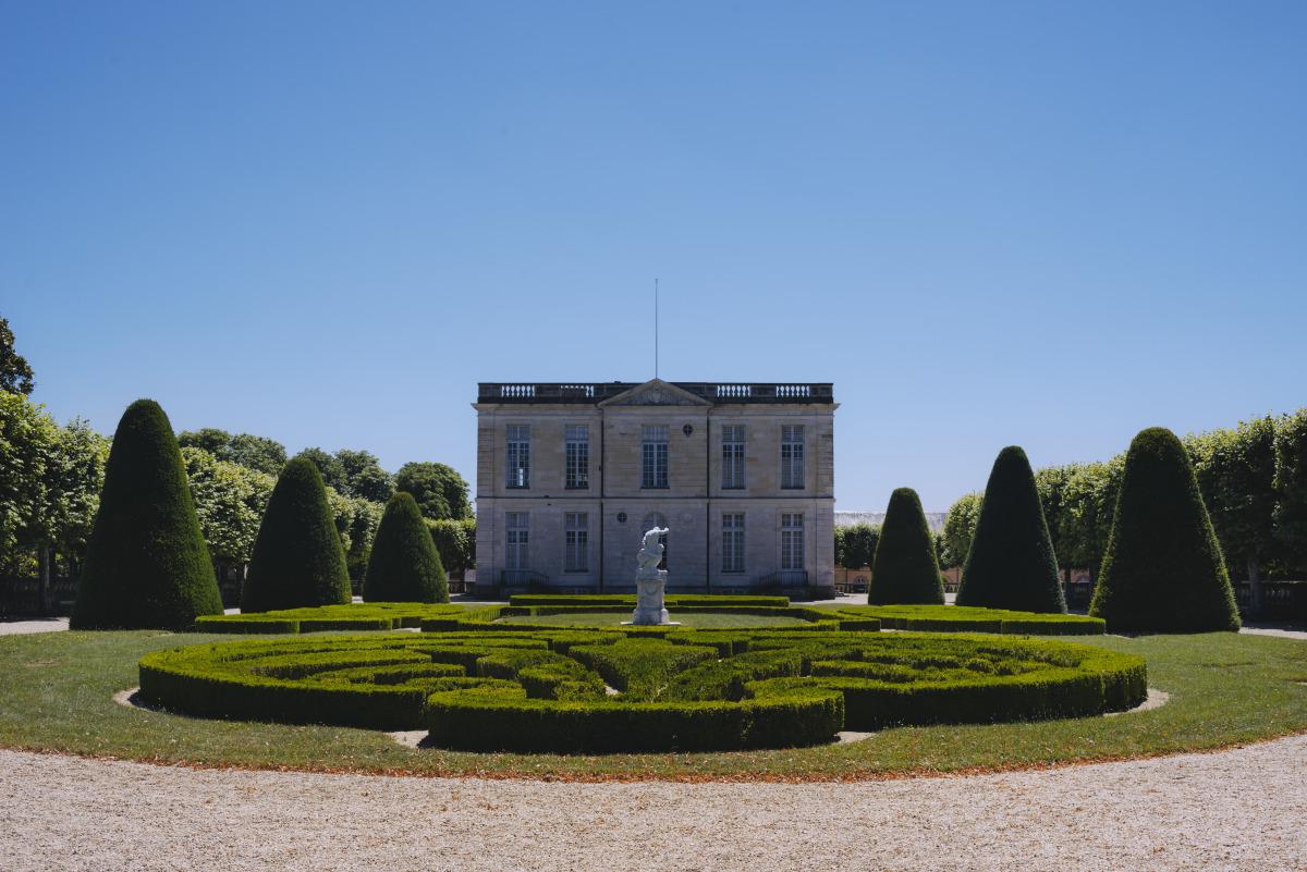 jardins du Chateau de Bouges jardins a la francaise ©Gillard et Vincent