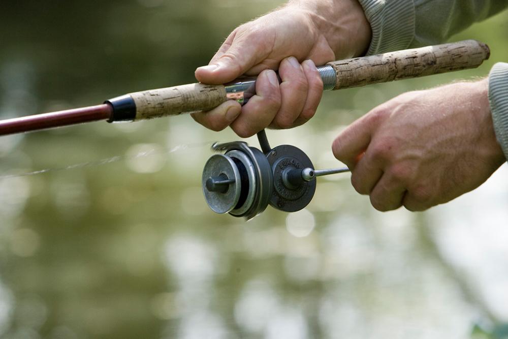 Pêche dans l'Indre, moulinet ©HVI