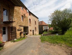 Le moulin de Saint-Civran – Le hameau du moulin