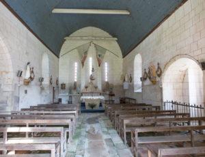 En passant par la commanderie – Intérieur de l'église de Luzeret