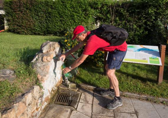 La fontaine de Saint-Aigny – A la fontaine