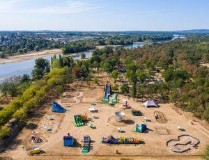 parc de loisirs enfants à côté du camping