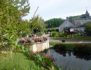 Autour de la Fontaine – Veuil