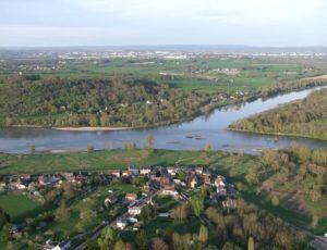 BC1010b_Lechappée_belle_entre_Loire_Aubois_et_Allier
