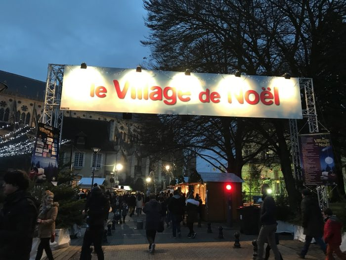 BOURGES-VILLAGE-NOEL-AD2T-AO63