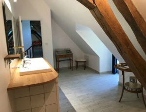 Belle dépendance du Château «Le Logis»