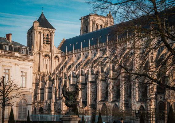 CATHEDRALEBOURGES0