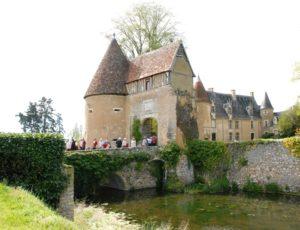 Château et donjon Lys saint Georges