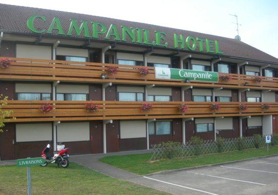 Campanile Issoudun