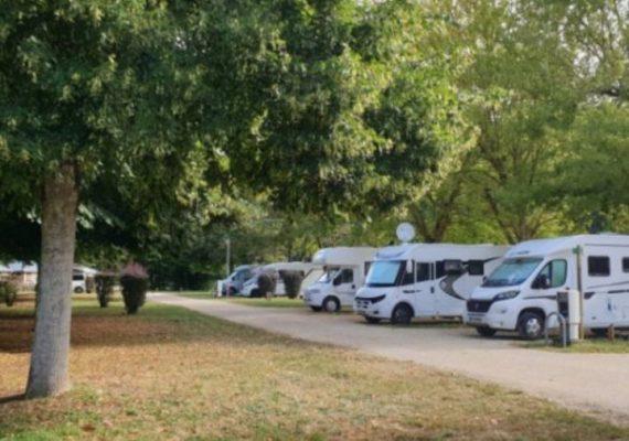 Camping car Park Reuilly