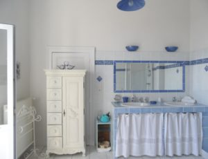 Chambre bleue Salle de bain