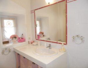 Chambre rose Salle de bain