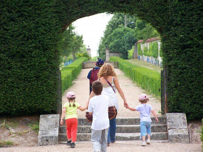 Chasse aux oeufs au château d'Azay-le-Ferron