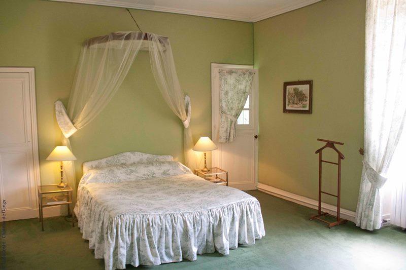 Chambres D Hotes Au Chateau De Dangy A Paudy Chambre D Hotes