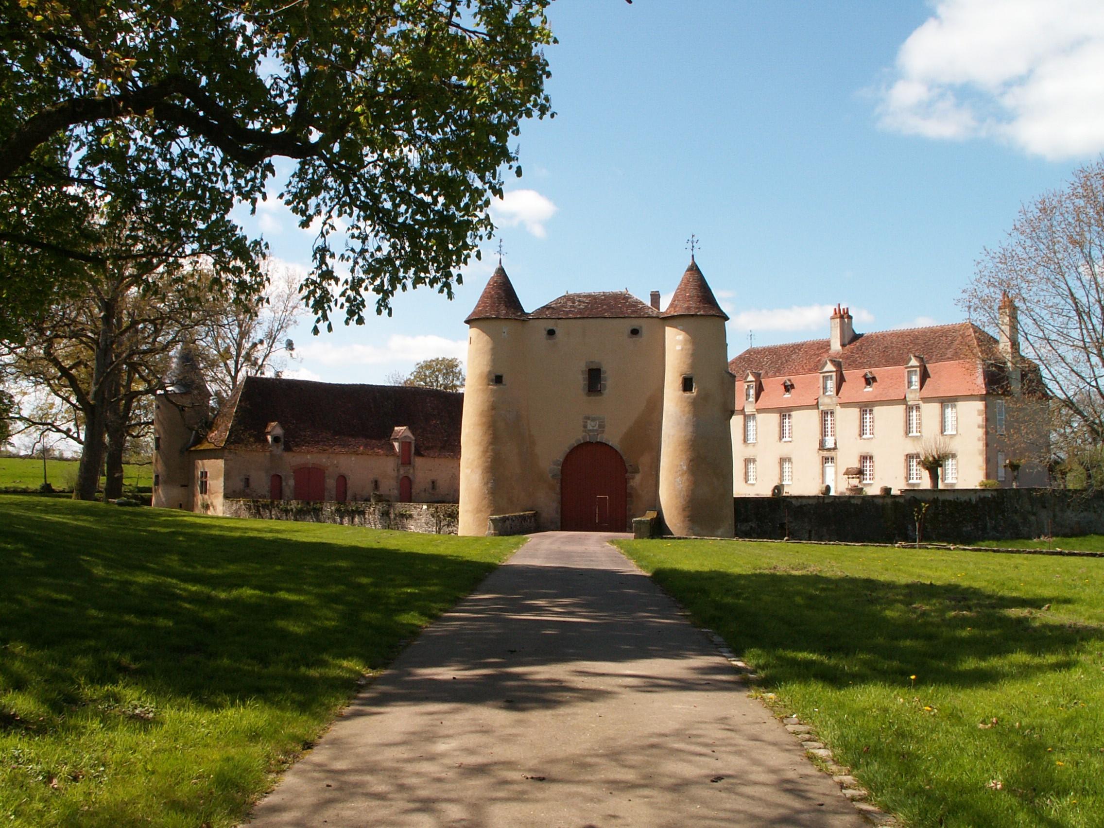 château du breuil yvain à orsennes patrimoine culturel berry