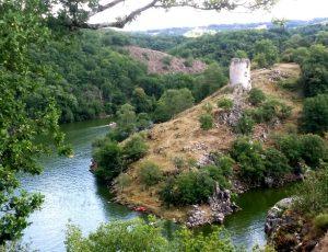 Confluent de la Creuse et de la Sédelle vue depuis le Rocher de la Fileuse