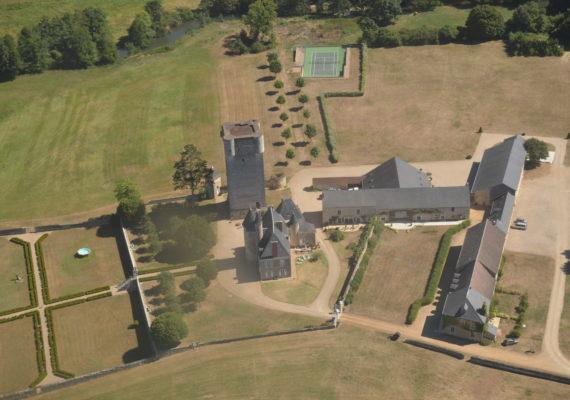 Vue extérieure Château de Mazieres
