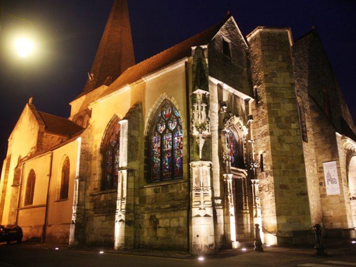 Eglise Saint-Amand de nuit
