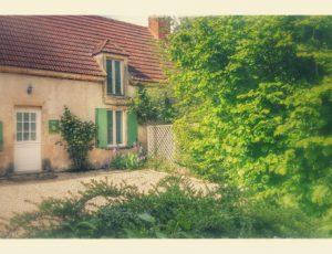 GITE DE BANNAY ST GERMAIN DES BOIS CB21204 EXTERIEUR