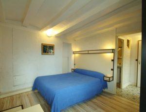 Hotel-Mezieres-Boeuf-couronne-Chb-bleue1