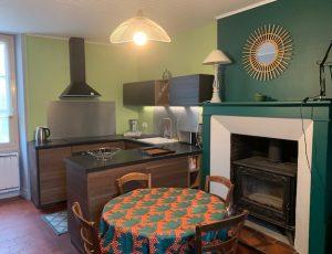 La maison du pêcheur – Cuisine et coin repas – Baraize – Guibaud