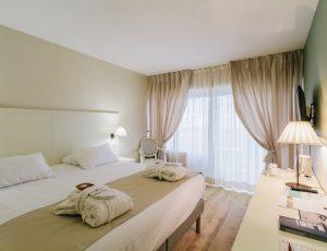 Les-Dryades—Hotel-chambre–1—CP-Les-Dryades