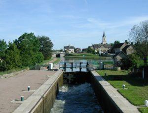 Marseilles-les-Aubigny