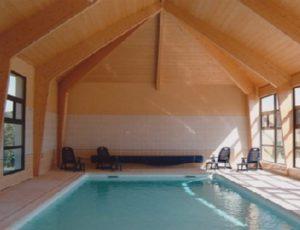 Gîte avec piscine couverte