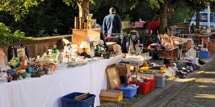 PUCE-BROCANTE0