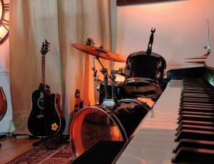 Piano-guitare-Table-du-Lac